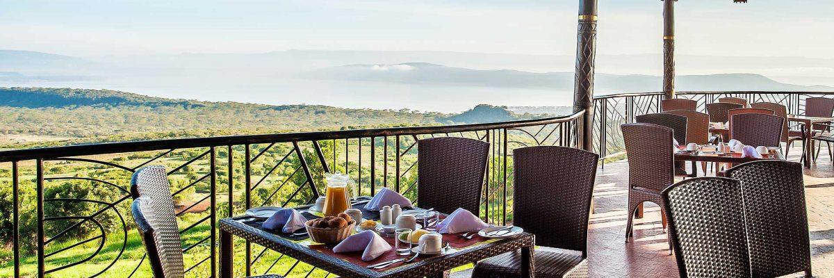 terrace-breakfast-2